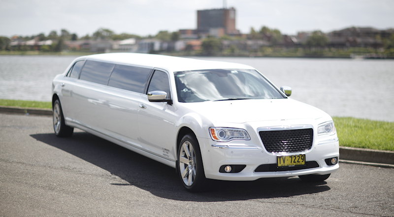 chrysler stretch limousine sydney